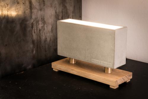 Betonlampe, Beton-Wandfluter CARLO aus der Heine & Becker Manufaktur