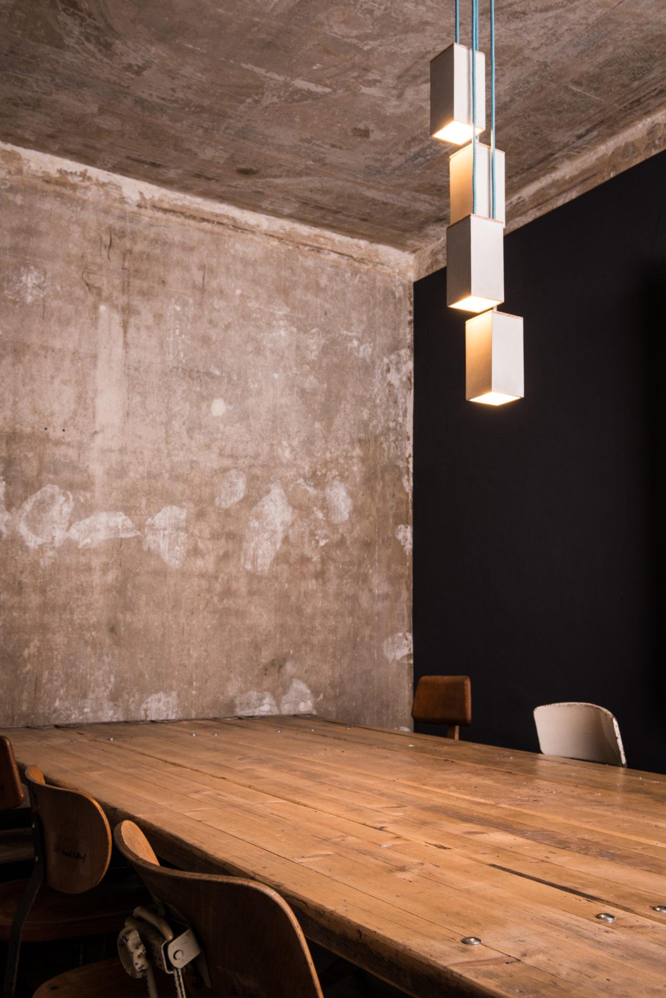 Beton-Pendelleuchte MARTHA aus der Heine & Becker Manufaktur