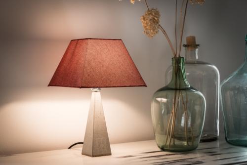 Betonlampe, Beton-Stehleuchte MORITZ aus der Heine & Becker Manufaktur
