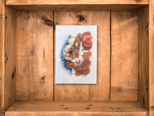 """Betonbild """"Das Eichhörnchen"""" Die weltweit ersten handgemachten Betonbilder ihrer Art! Made in Erfurt. Alle Betonbilder werden in unserer Manufaktur gefertigt. Keine Fließbandarbeit, sondern noch echte Handarbeit! Unser entwickeltes Druckverfahren erzeugt bei jedem Bild ein unterschiedliches Oberflächenfinish*, wodurch jedes Betonbild ein Unikat ist."""