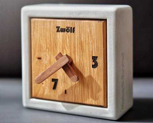 Uhr ALVA aus der HEINE & BECKER Manufaktur